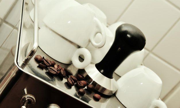 Med en espressomaskine kan du lave den bedste kaffe i hverdagen